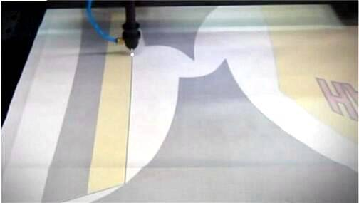 Laser cutting clothes